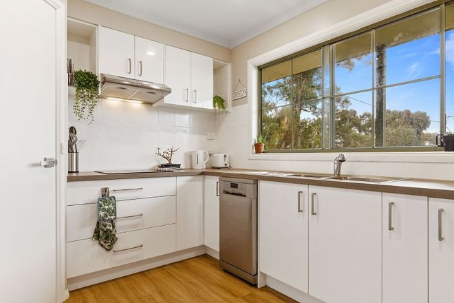 Picture of 14 Adair Street, LINTON VIC 3360