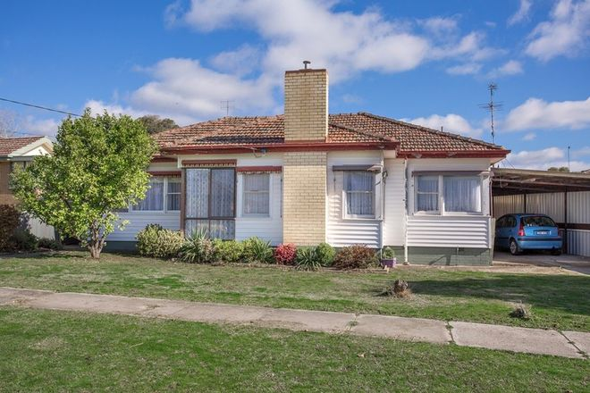 Picture of 23 Ercil Street, WENDOUREE VIC 3355