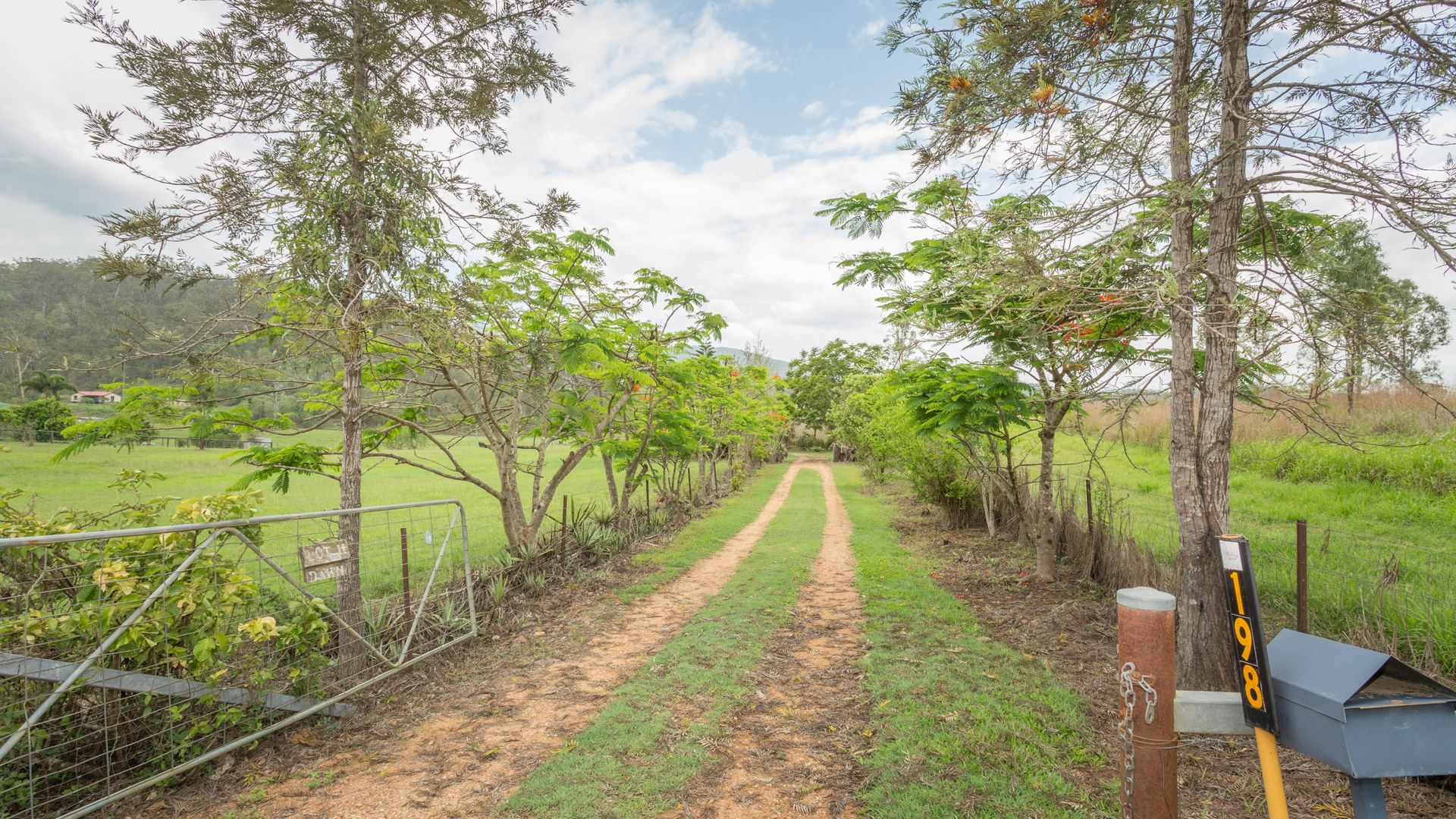 198 Sugarloaf Road, Mount Martin QLD 4754, Image 1