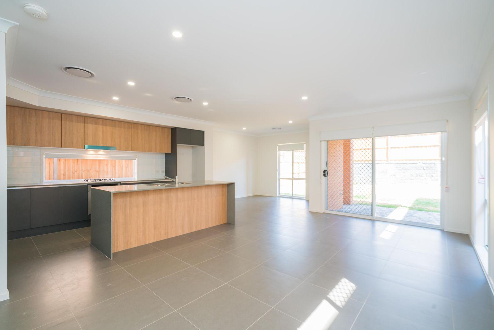 128 Dalmatia Ave, Edmondson Park NSW 2174, Image 2