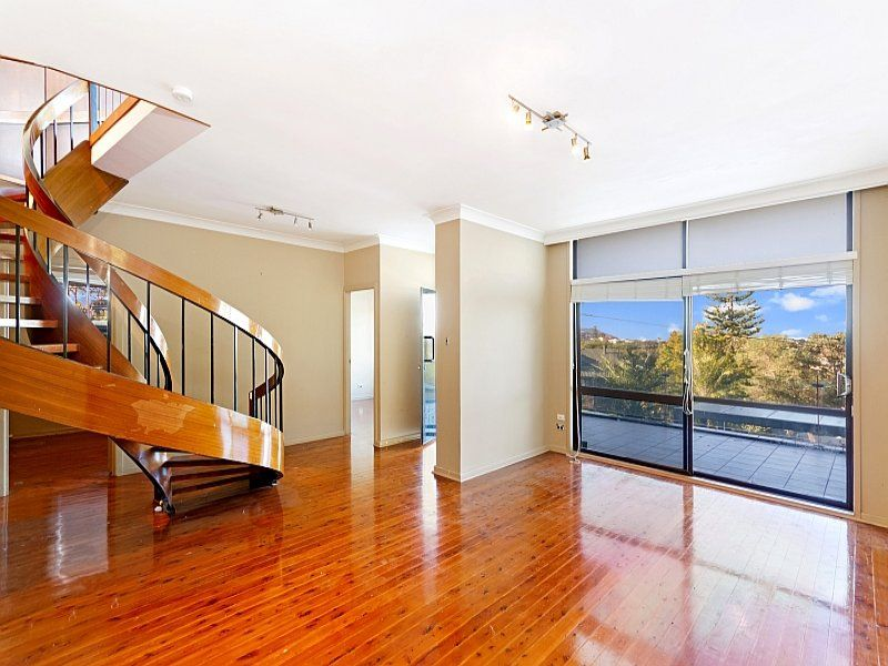 35 Willoughby Road, Terrigal NSW 2260, Image 2