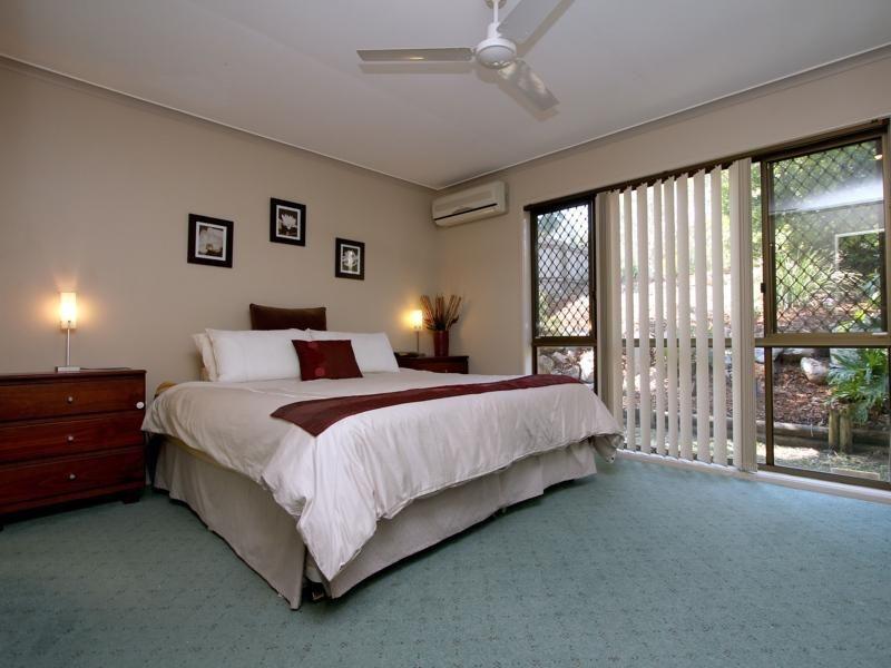 12 Gwandalan Street, Eight Mile Plains QLD 4113, Image 1