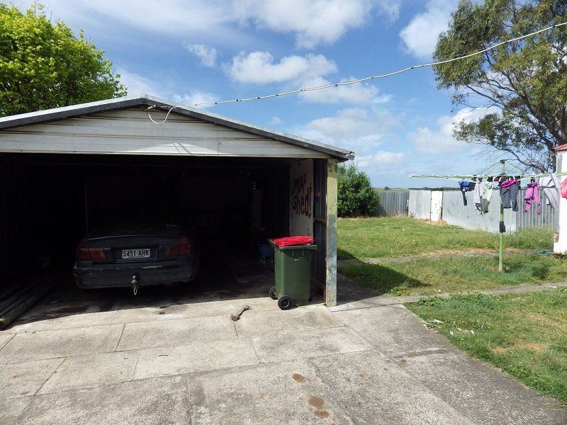 8 Brennan Street, Millicent SA 5280, Image 1