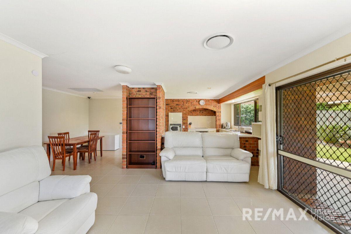 15 Goorari Street, Eight Mile Plains QLD 4113, Image 1