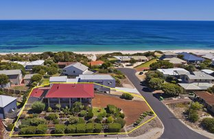 Picture of 1 View Court, Peppermint Grove Beach WA 6271