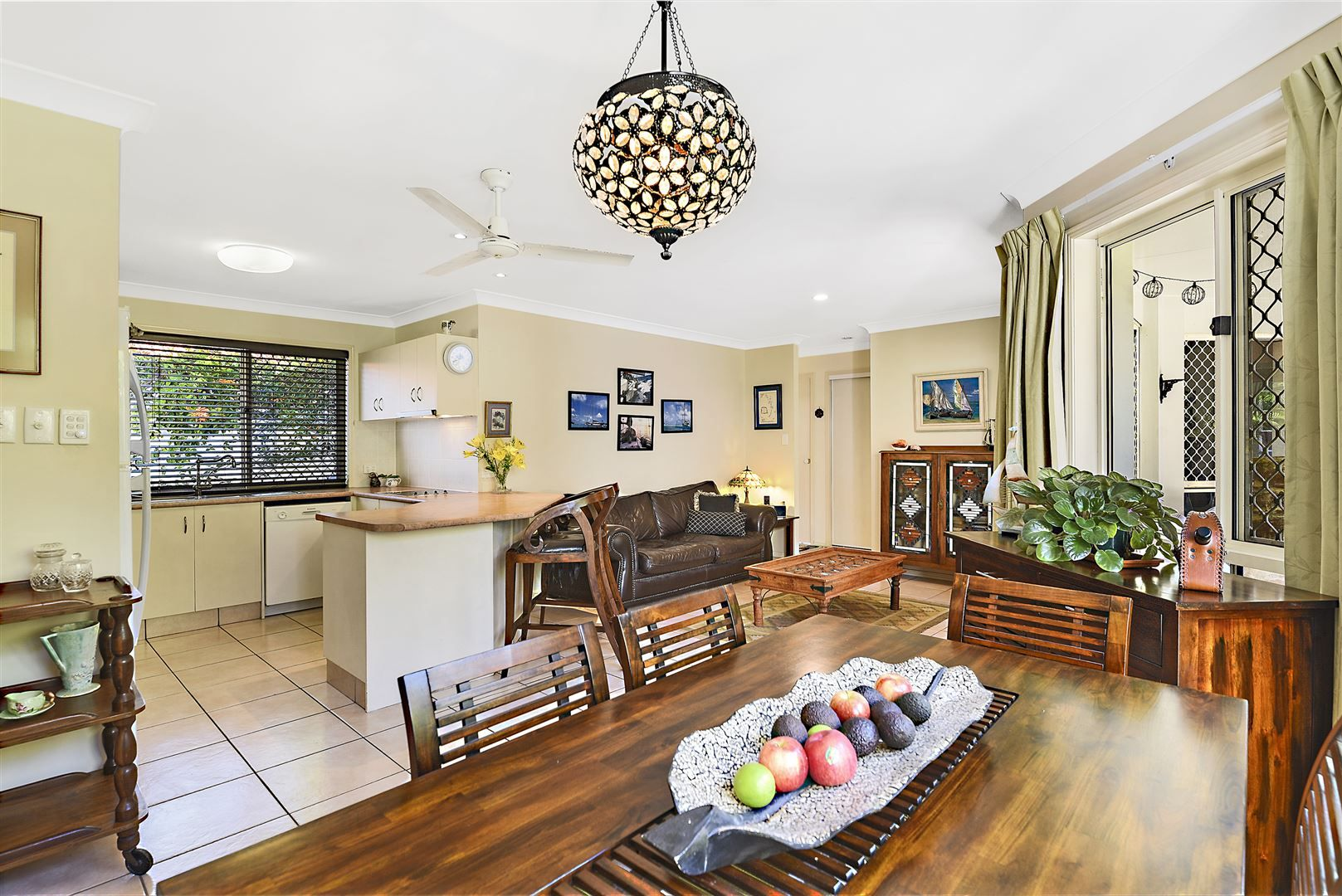 3/5 Chanell Close, Coombabah QLD 4216, Image 2