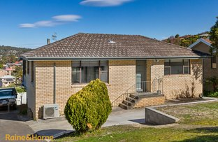Picture of 16 Stirling Avenue, Blackmans Bay TAS 7052