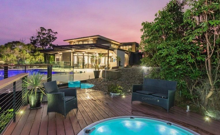 143 Chesterfield Drive, Bonogin QLD 4213, Image 1
