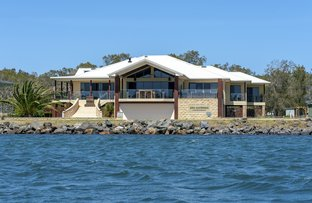 Picture of 152 Settlement Point Road, Port Macquarie NSW 2444