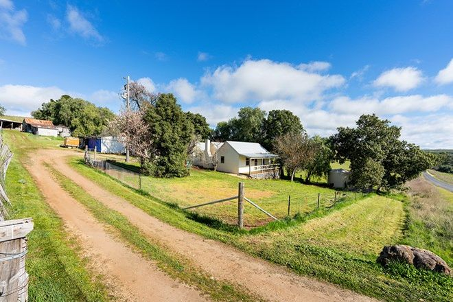 Picture of 108 Tarilta Road, GUILDFORD VIC 3451