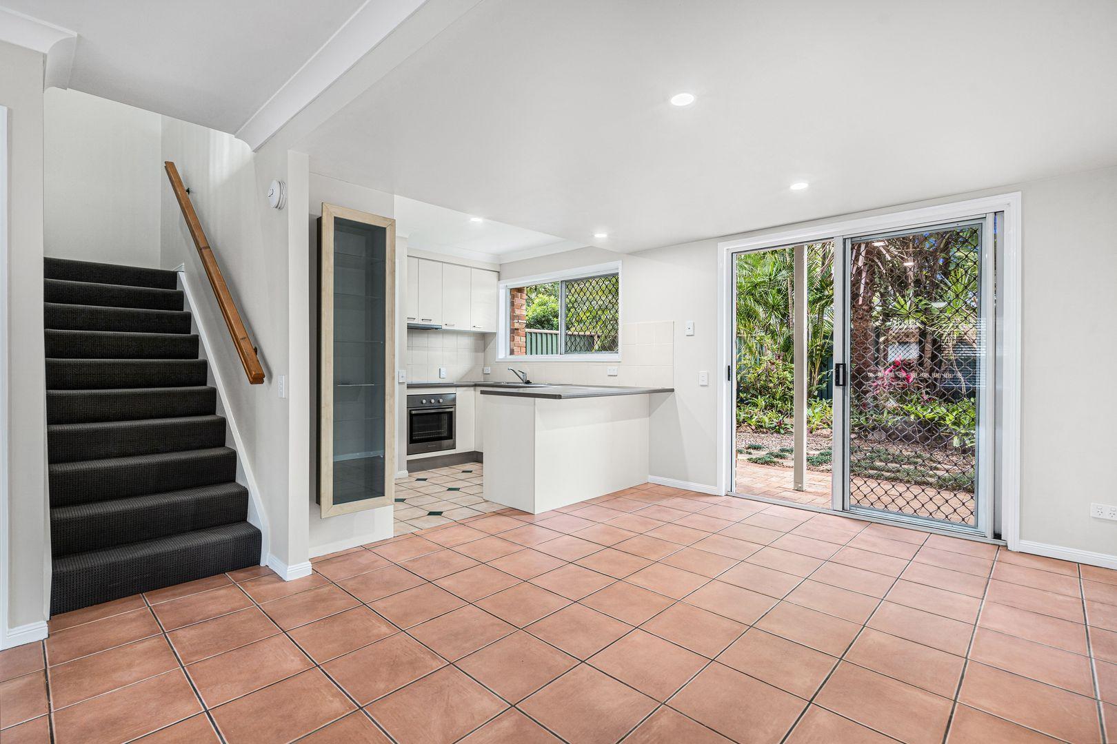 35/285 Creek Road, Mount Gravatt East QLD 4122, Image 2
