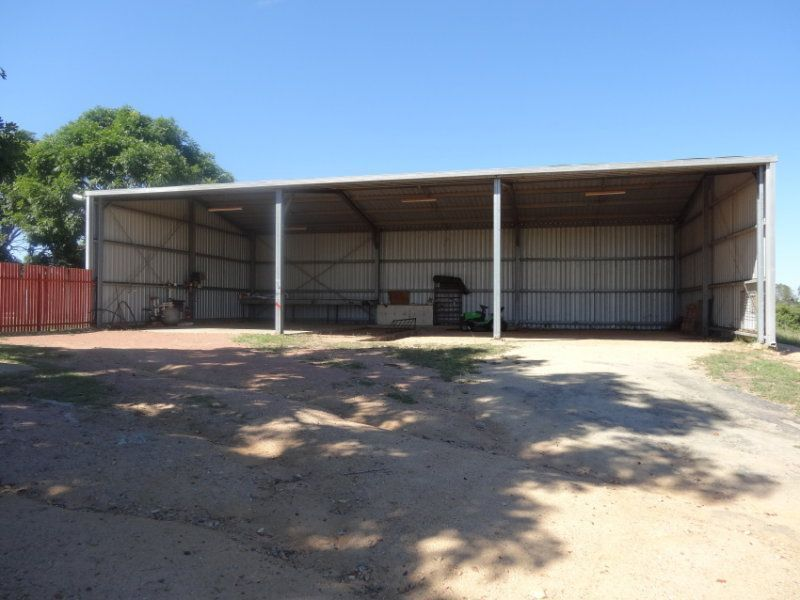 27 Scrubby Creek Rd, Southern Cross QLD 4820, Image 1