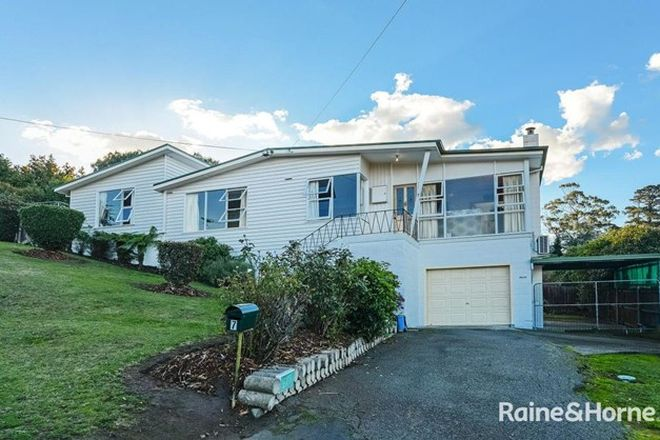 Picture of 7 Wallong Place, BERRIEDALE TAS 7011