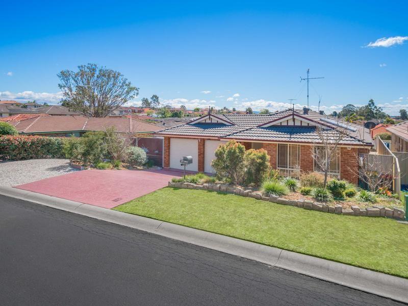 27 Bundeluk Crescent, Glenmore Park NSW 2745, Image 0