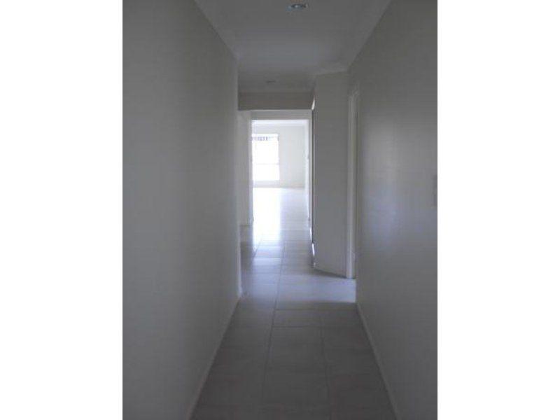 52 Goldenwood Crescent, Fernvale QLD 4306, Image 1