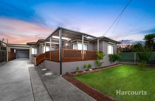 Picture of 34 Winslow Crescent, Deer Park VIC 3023