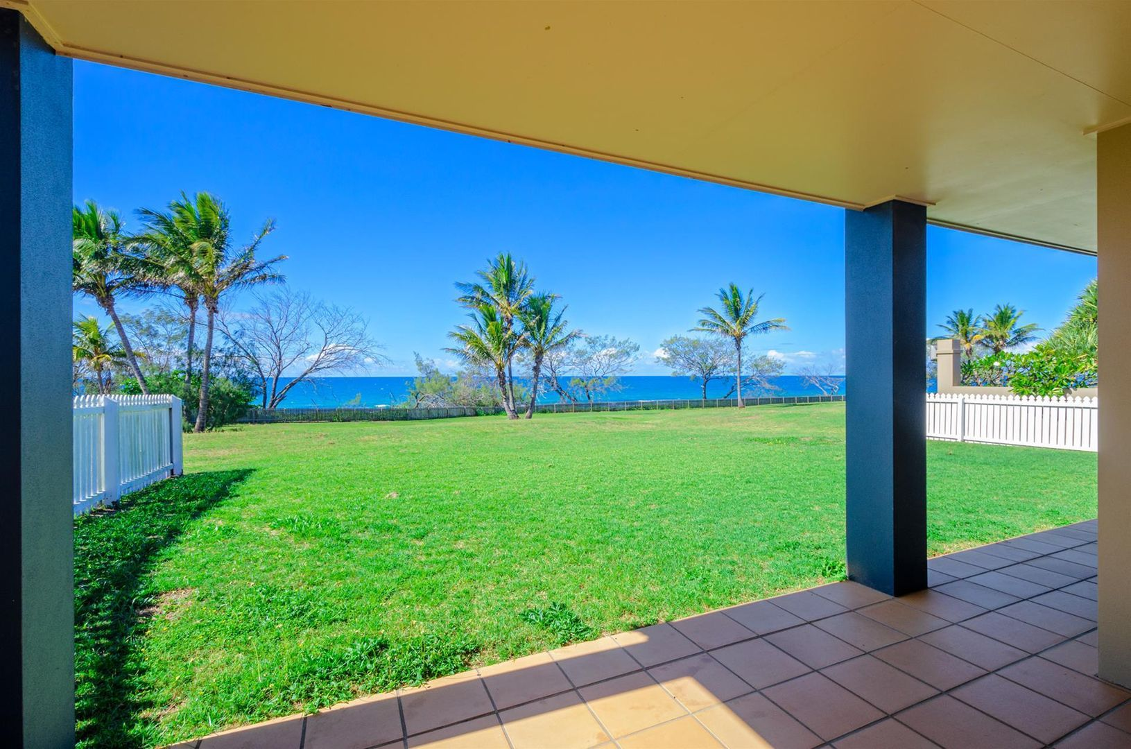 4 Chantelle Circuit, Coral Cove QLD 4670, Image 1