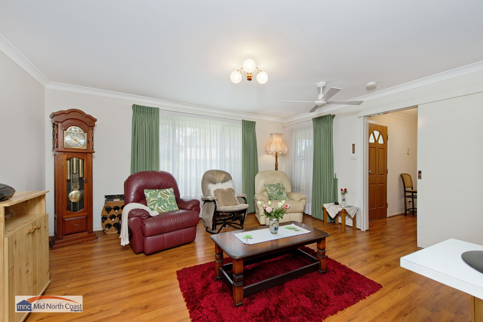 8 Melaleuca Avenue, Lake Cathie NSW 2445, Image 1