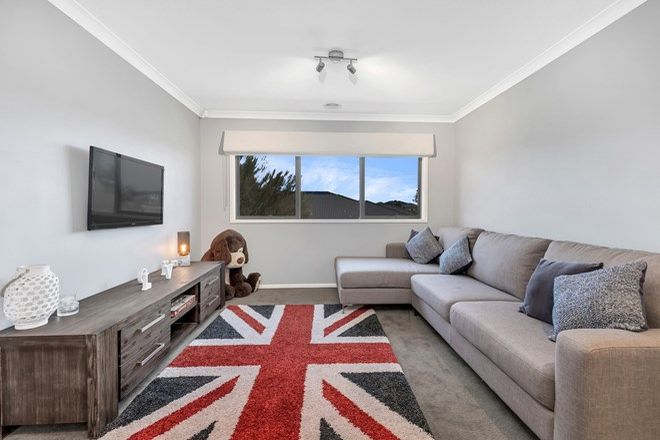Picture of 35 Clovelly Circuit, TRUGANINA VIC 3029