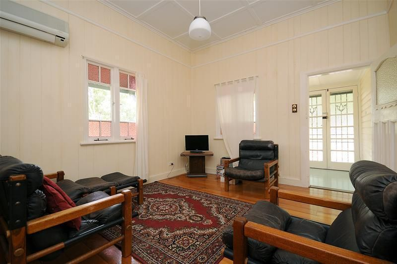 33 Moloney Street, North Toowoomba QLD 4350, Image 2