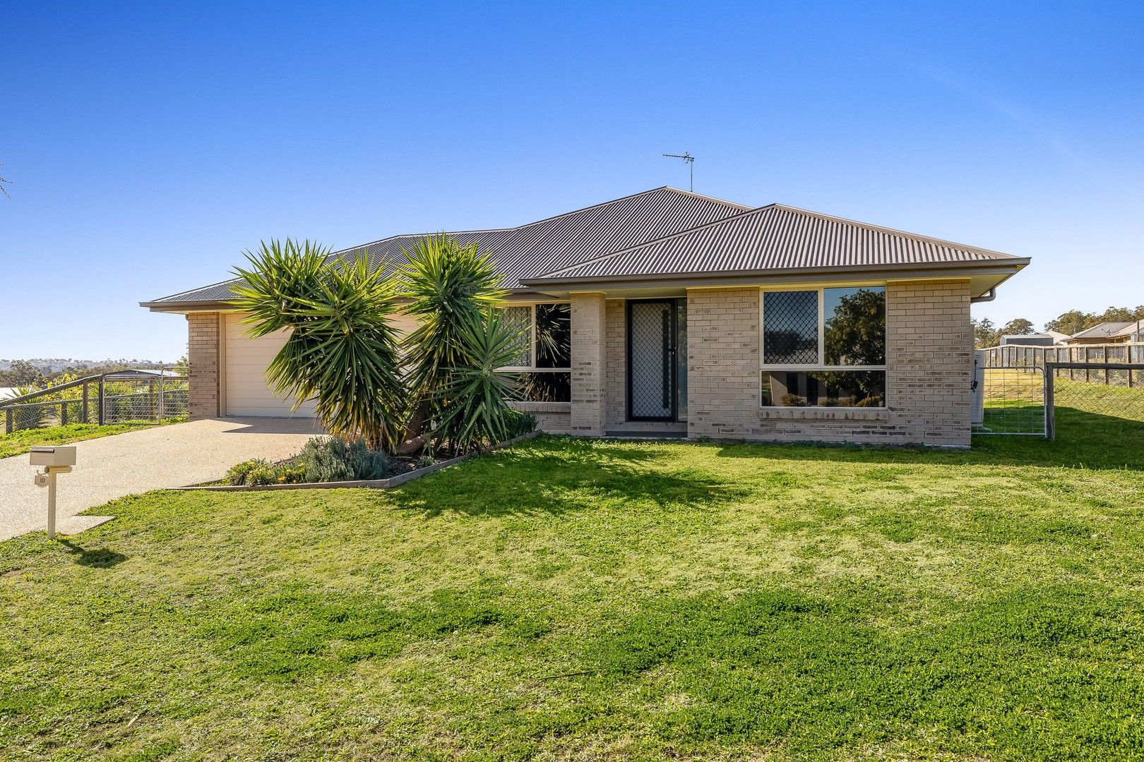 10 Monarch Street, Meringandan West QLD 4352, Image 0
