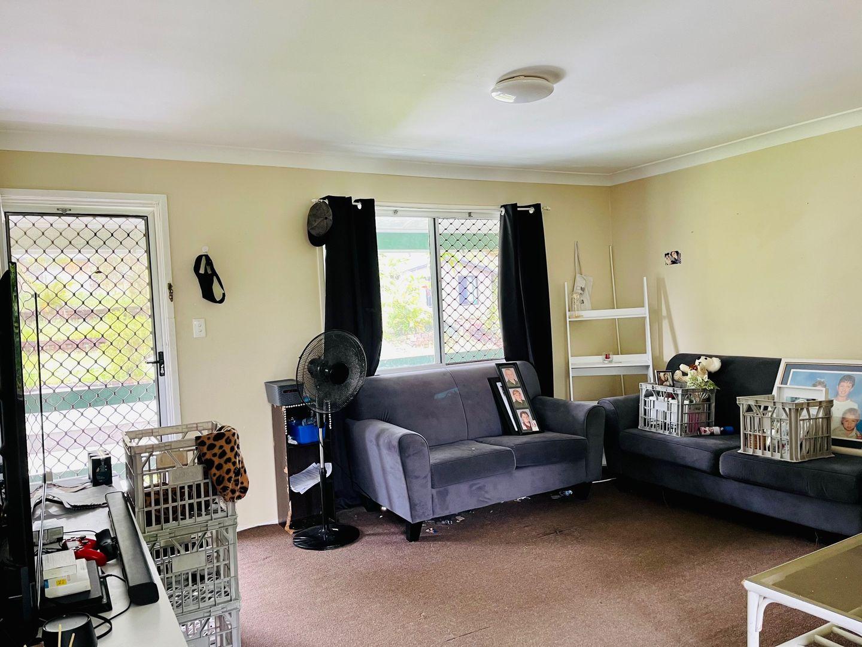 29 Sapium Street, Kingston QLD 4114, Image 2