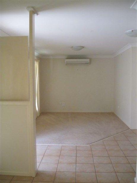 2/287A Bridge Street, Newtown QLD 4350, Image 1
