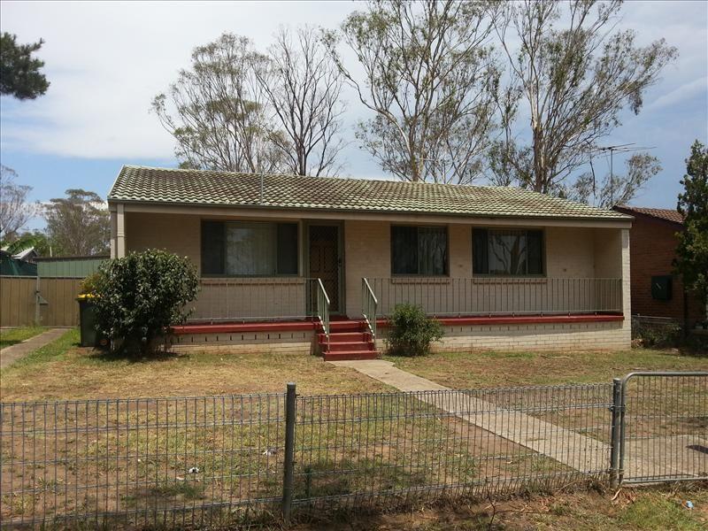 4 Scintilla Grove, Doonside NSW 2767, Image 0