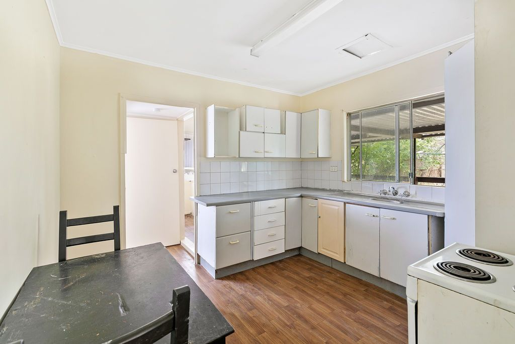 42 Balham Road, Archerfield QLD 4108, Image 2