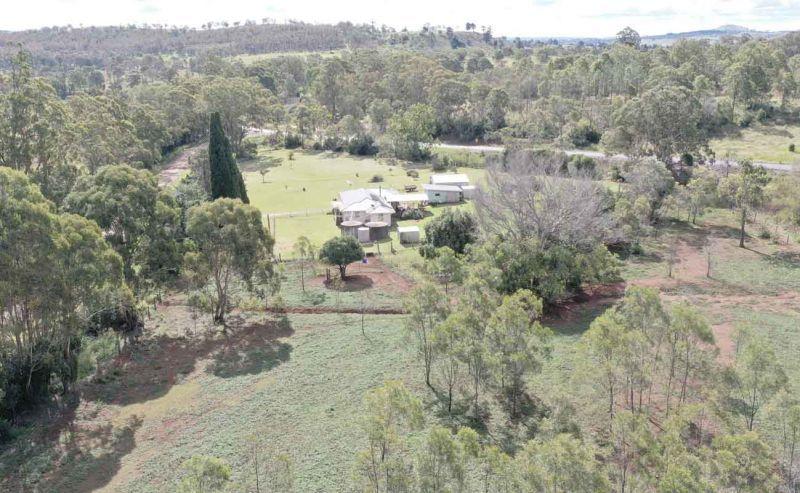 15 Merritts Creek Road, Pechey QLD 4352, Image 2