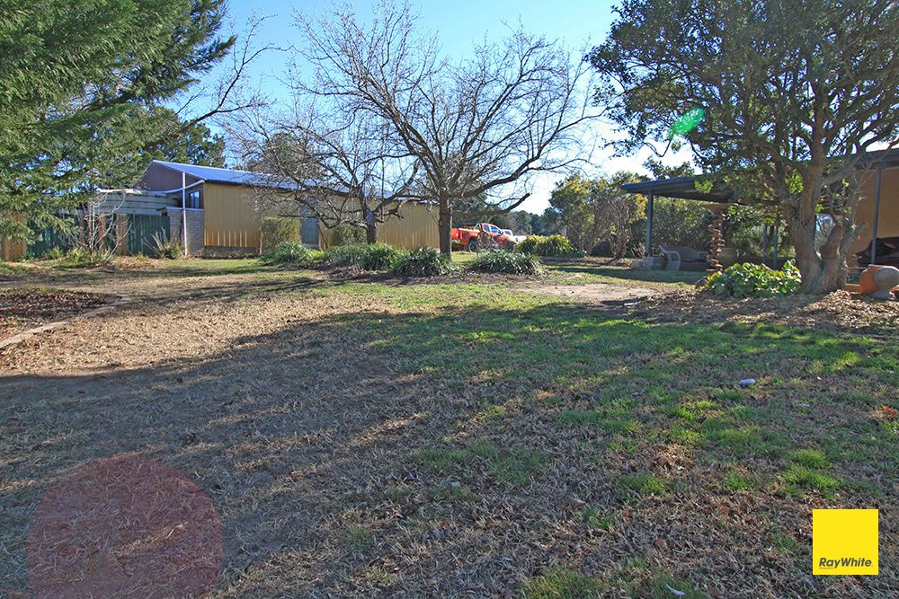 329 Weeroona Drive, Wamboin NSW 2620, Image 0