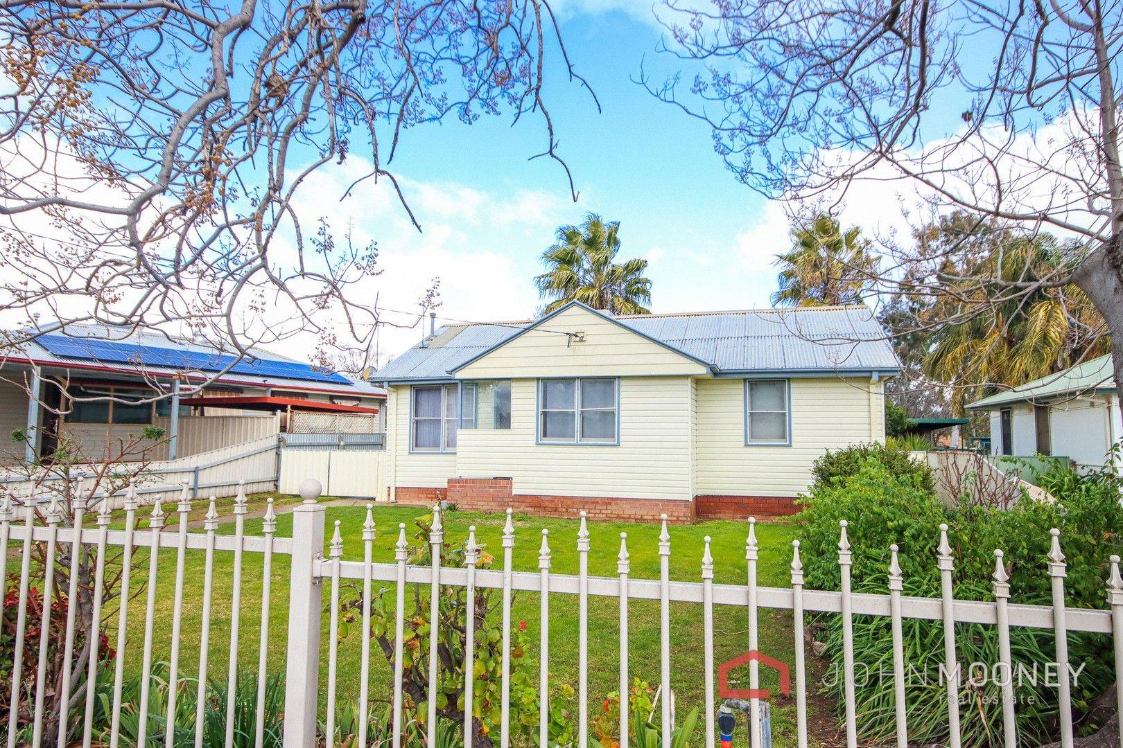 36 McKell Avenue, Mount Austin NSW 2650, Image 0
