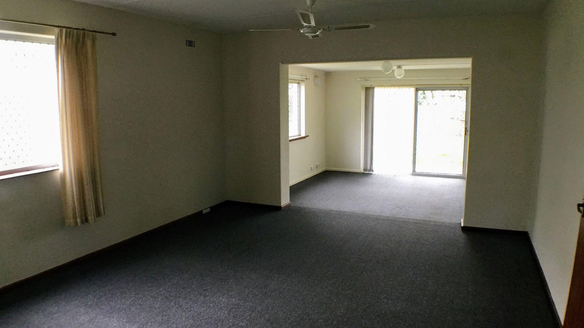 12 Holmes Street, Hilton WA 6163, Image 2
