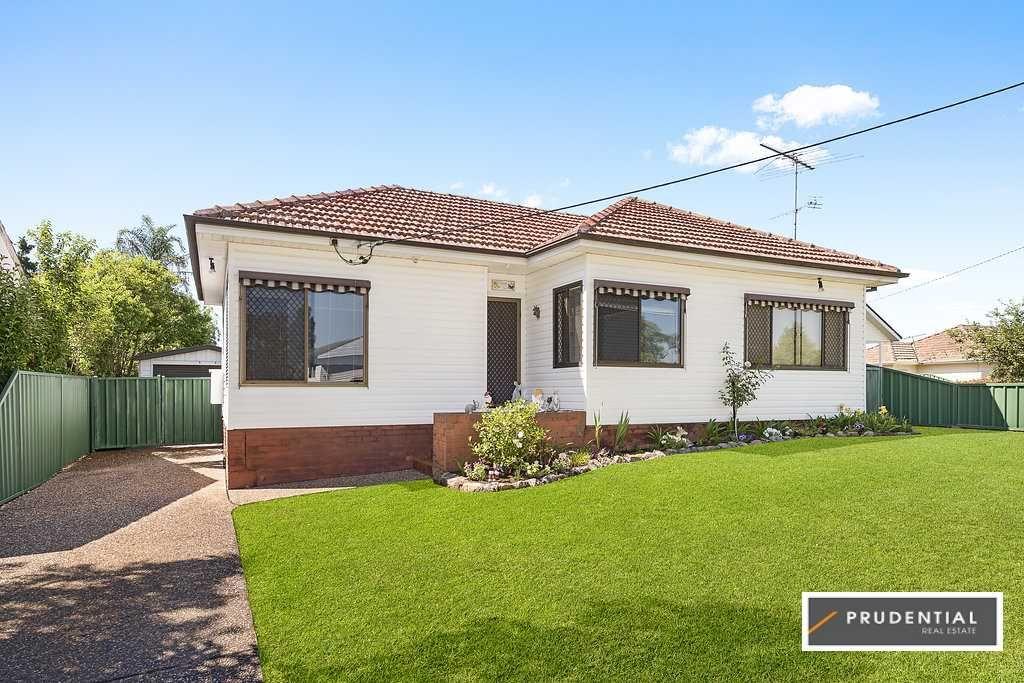 14 Hilltop Crescent, Campbelltown NSW 2560, Image 0