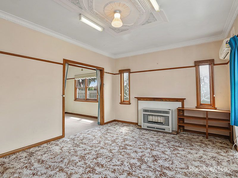 14 Cambridge Street, Belmont VIC 3216, Image 2