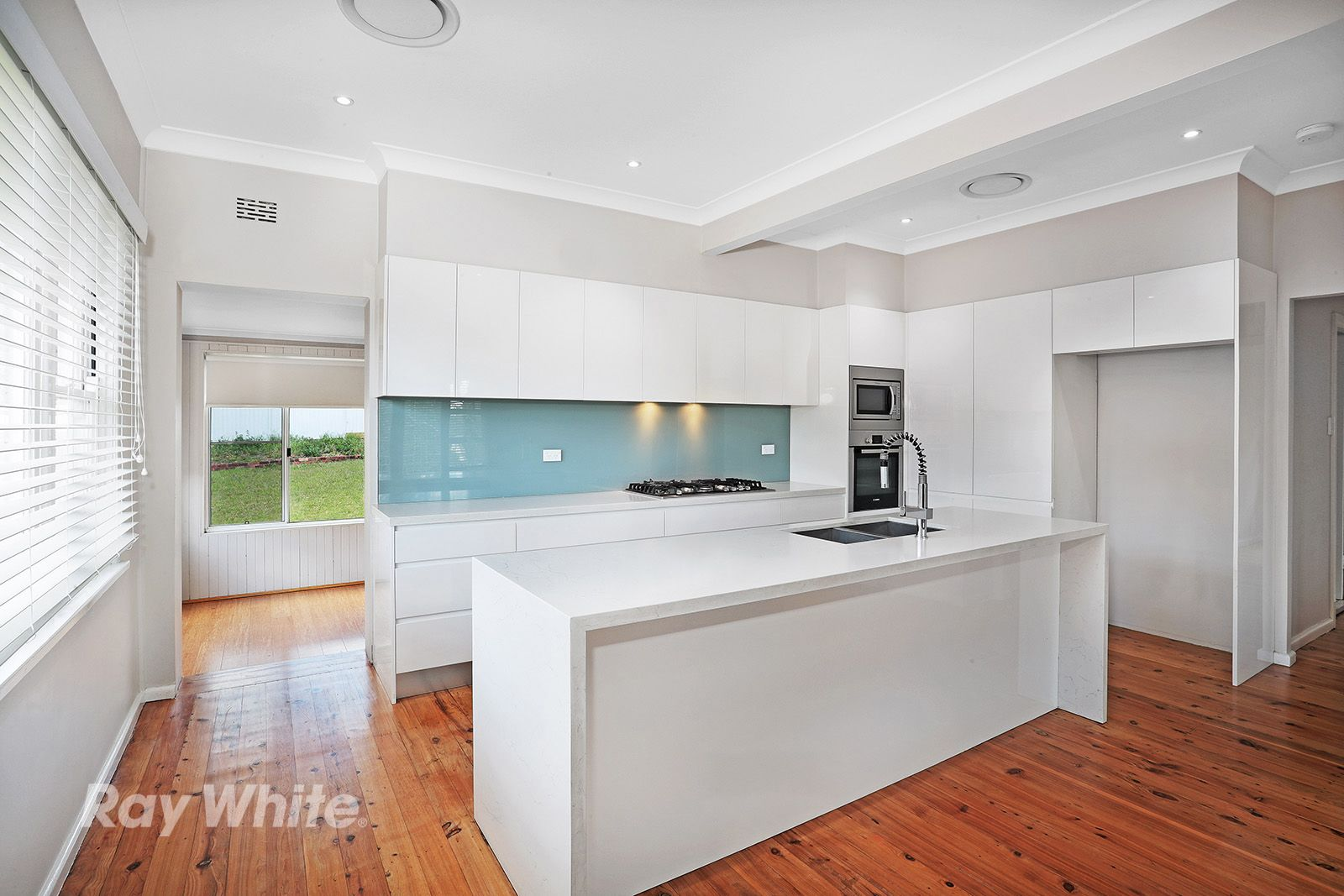 18 Dobson Crescent, Baulkham Hills NSW 2153, Image 2