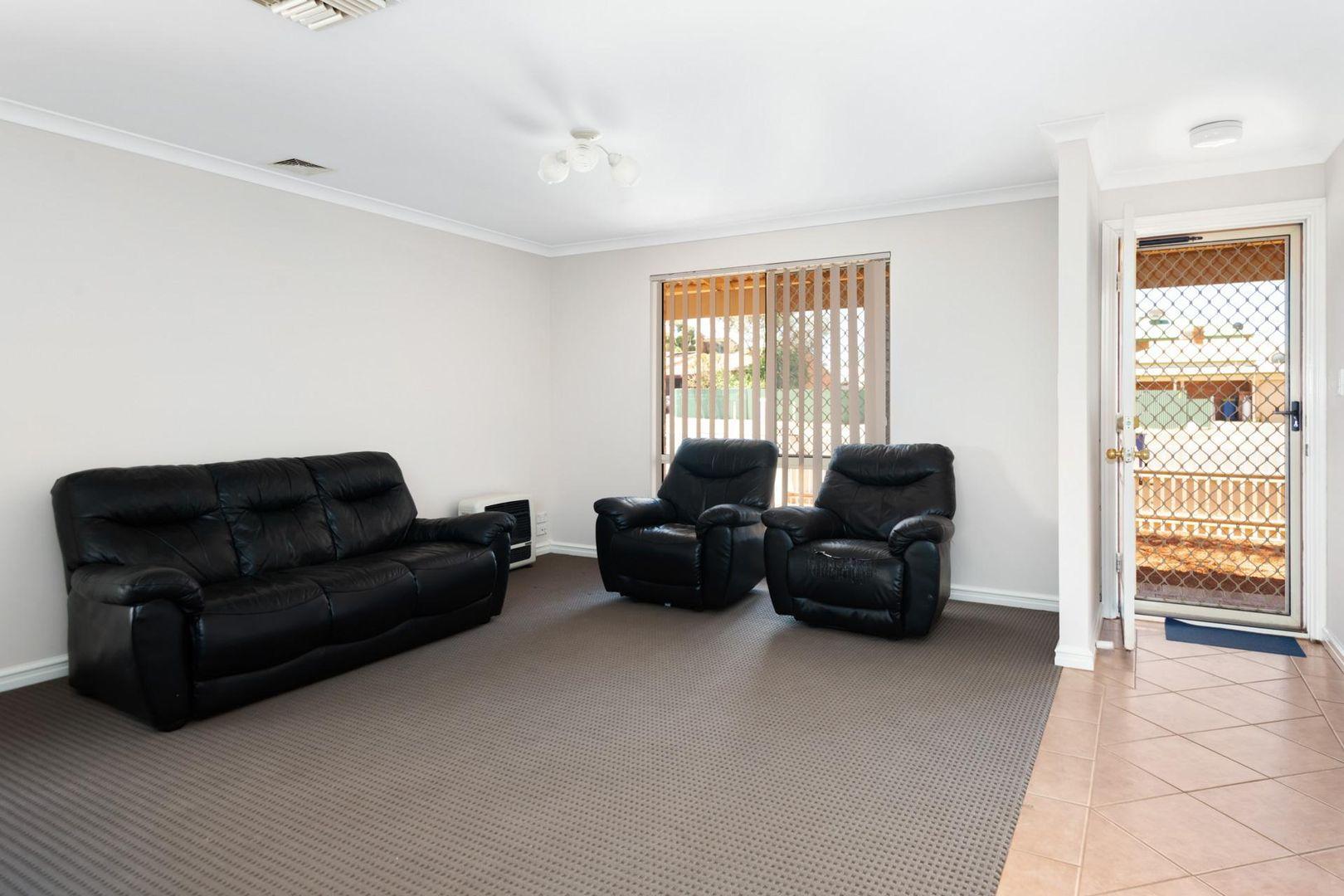 4/154 Macdonald Street, Kalgoorlie WA 6430, Image 2