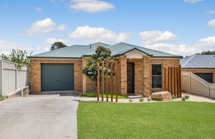 Picture of 1 Thompson Street, Long Gully VIC 3550