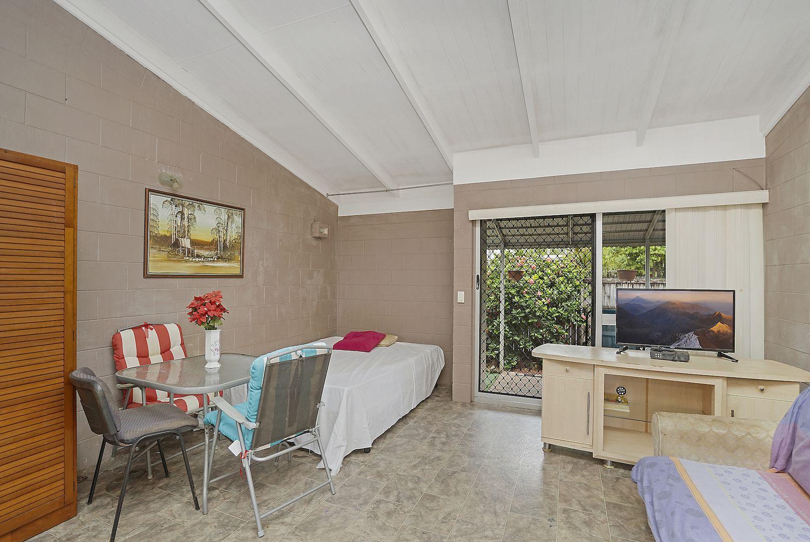 5/31 Miles Street, Manoora QLD 4870, Image 1