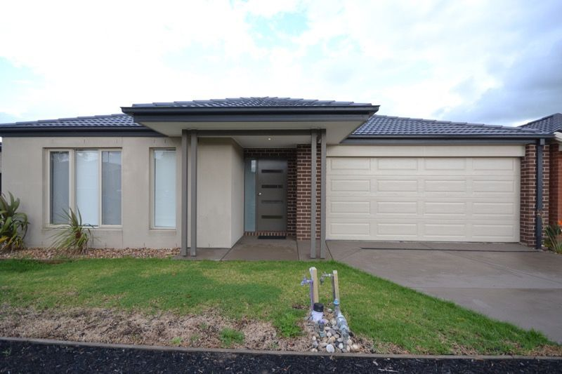 11 PLEVEN RISE, Clyde North VIC 3978, Image 0