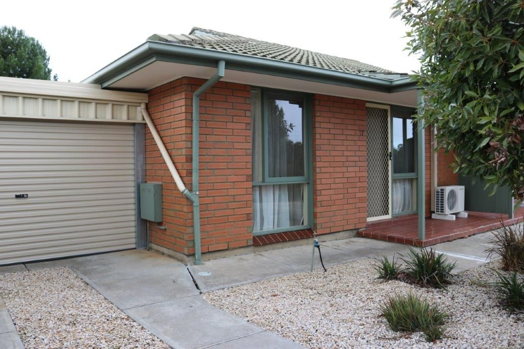 17 Feature Court, Gilles Plains SA 5086, Image 0