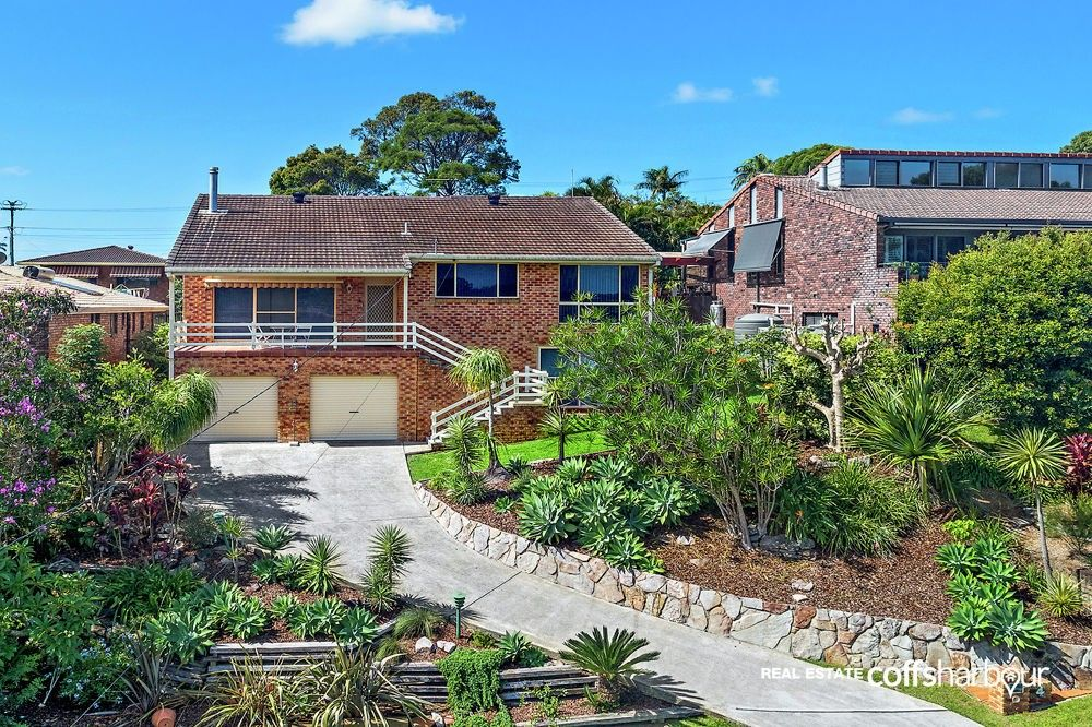 4 Cunningham Crescent, Sawtell NSW 2452, Image 2