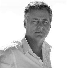 Wayne Singleton, Sales representative