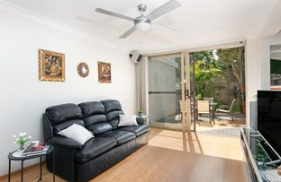 8/27 Tor Road, Dee Why NSW 2099