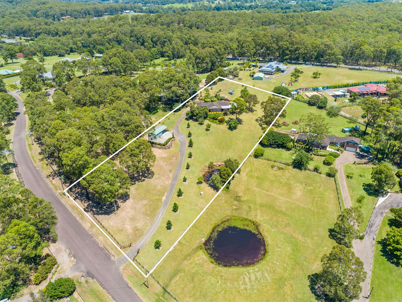 18 Burlington Avenue, Jilliby NSW 2259, Image 2
