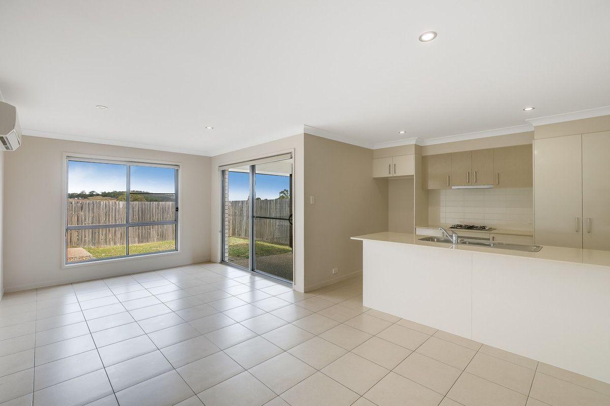 16 Parkview Drive, Glenvale QLD 4350, Image 1
