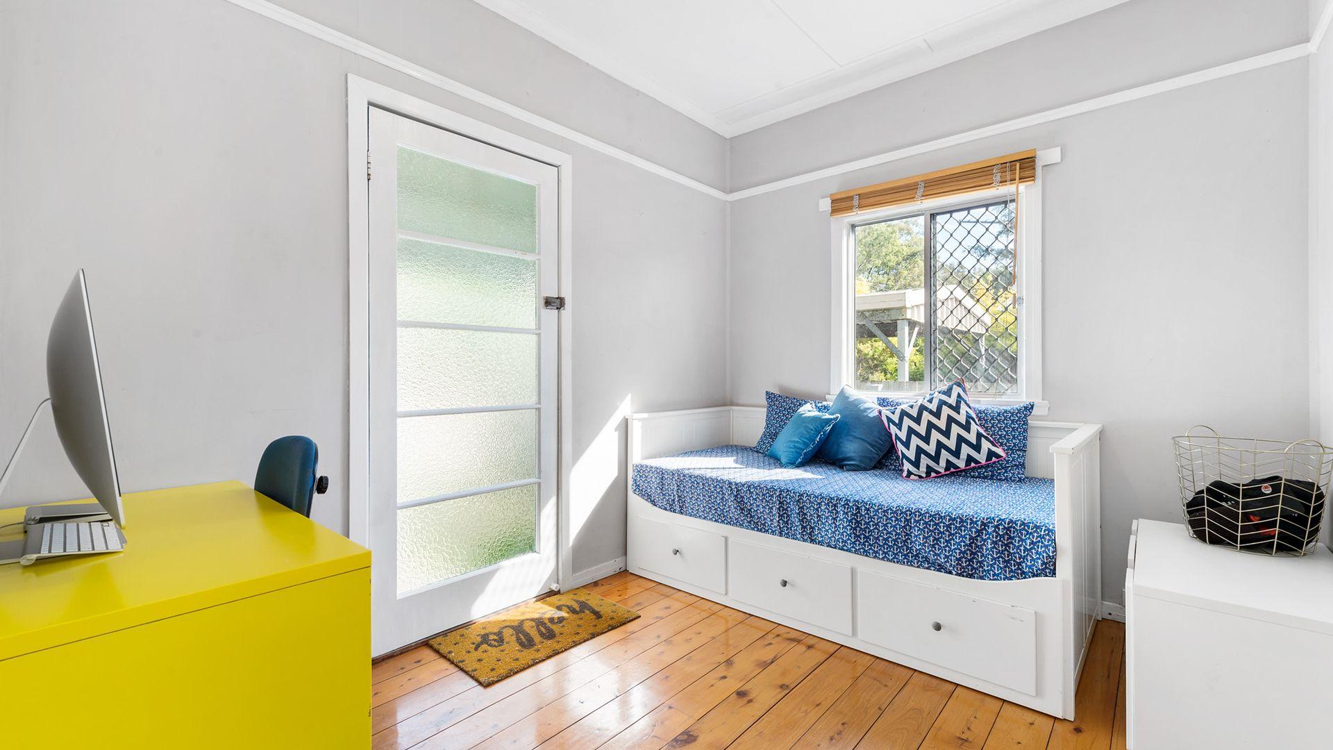 44 Lower Brighton Terrace, Sandgate QLD 4017, Image 2