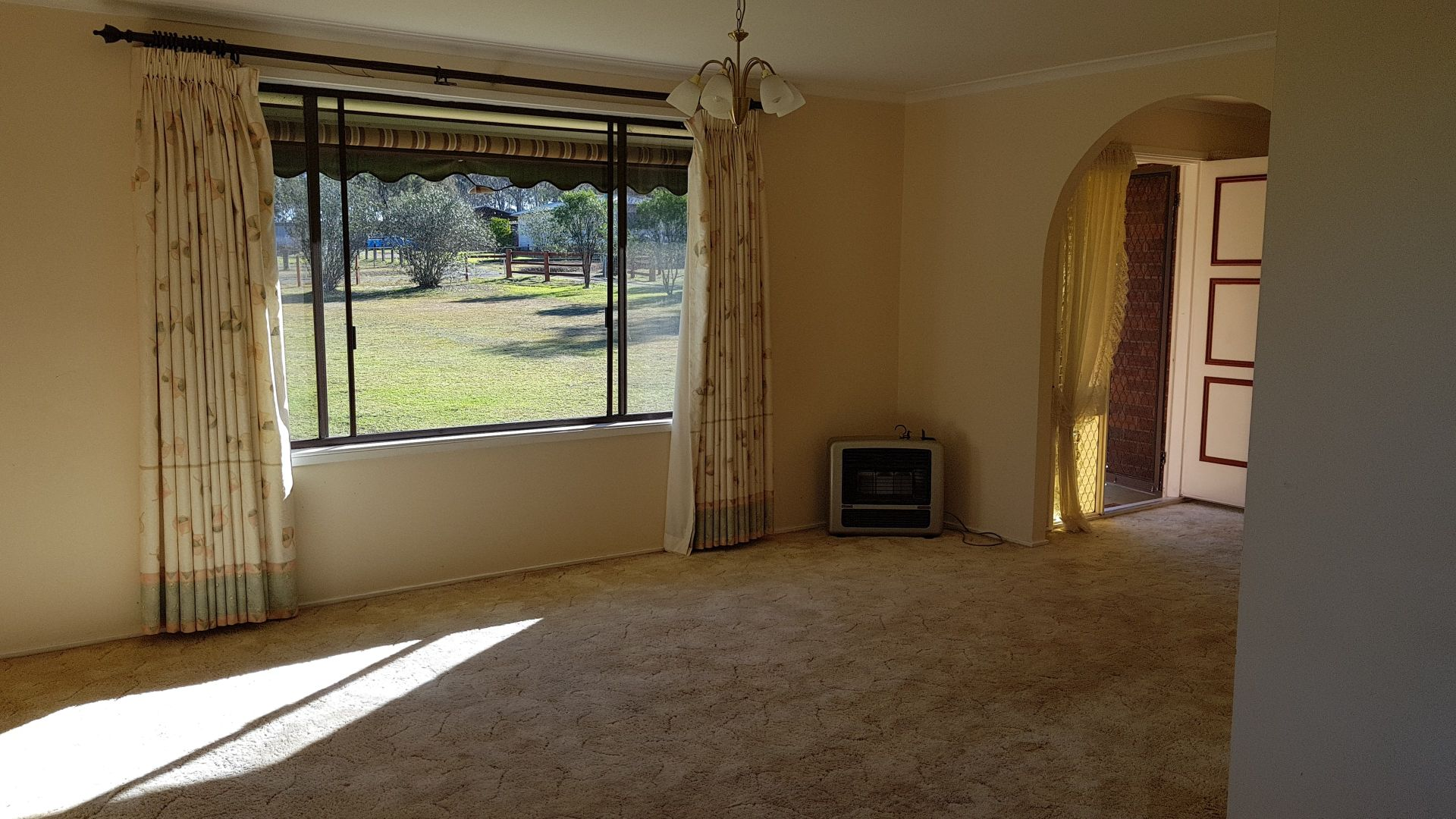60 Nixon Road, Thirlmere NSW 2572, Image 2