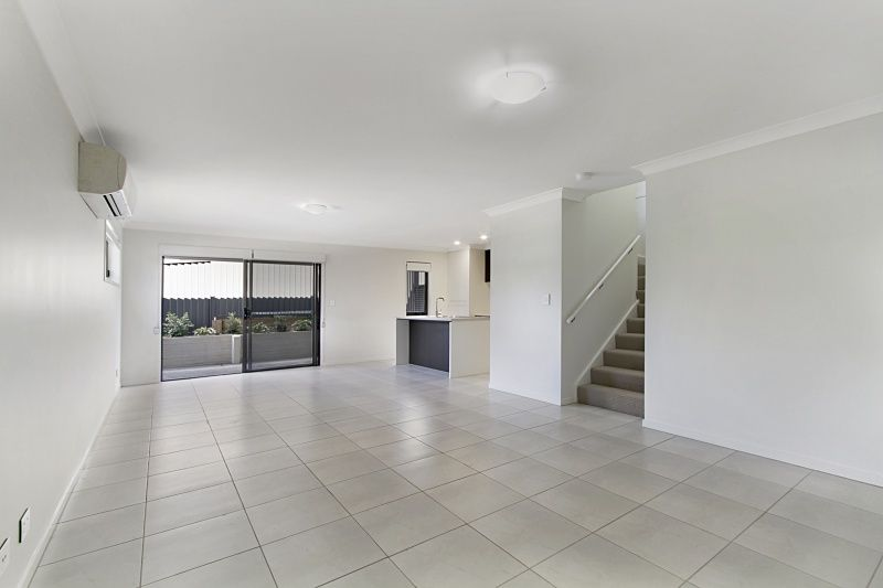 209/25 Farinazzo Street, Richlands QLD 4077, Image 1