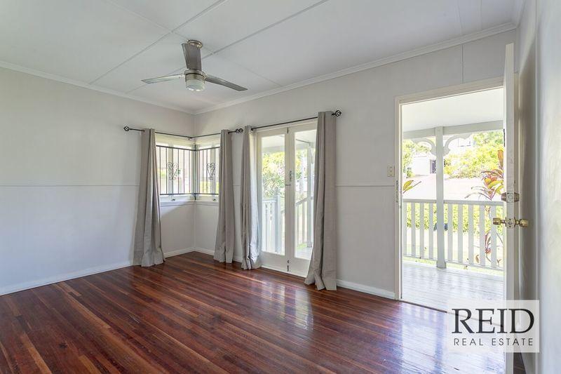 25 Casula Street, Arana Hills QLD 4054, Image 2